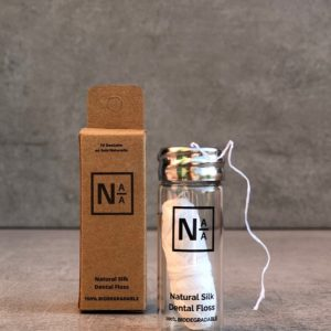NotAtAll – Fil dentaire en soie naturelle – Flacon verre