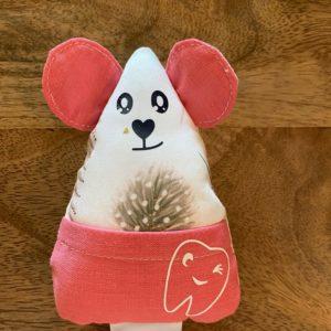 Petite souris à dents de laits – Plumes roses