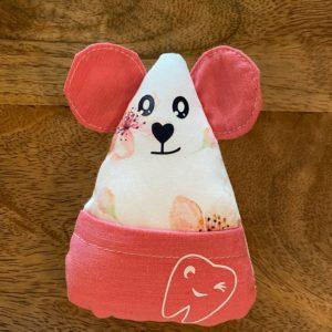 Petite souris à dents de laits – Fleurs roses