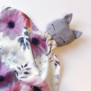 Atelier Maurice – Doudou Lina lange – Fleurs